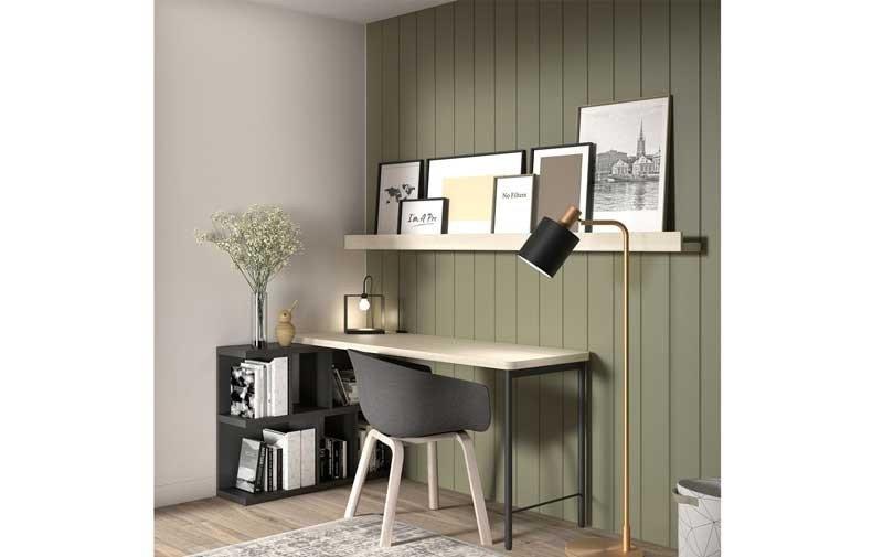 Oficina en casa: escritorio en el salón