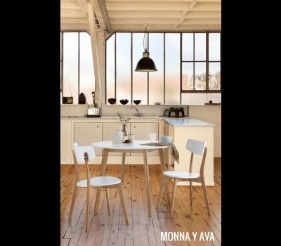 Mesa Monna y sillas Ava de SomCasa
