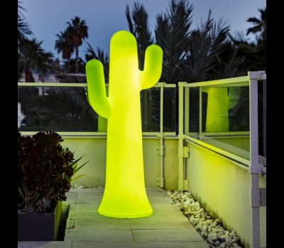 Lámpara de pie Pancho 140, de New Garden